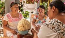 Maya traditional clothing