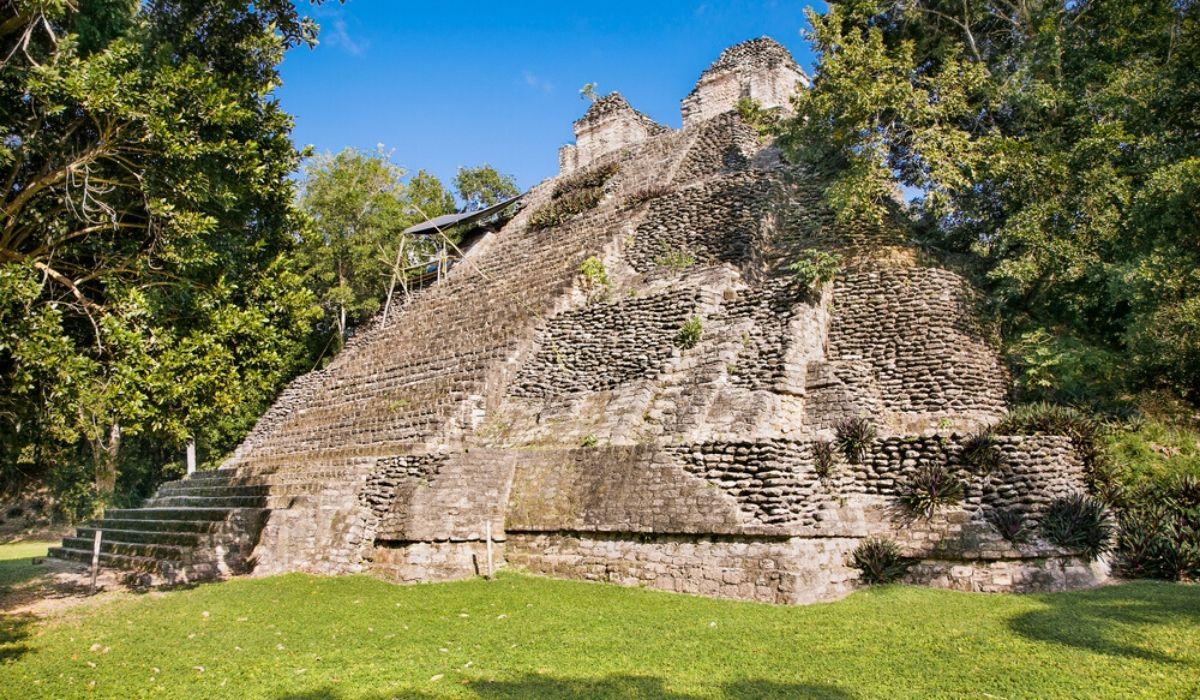 Dzibanche Ruins
